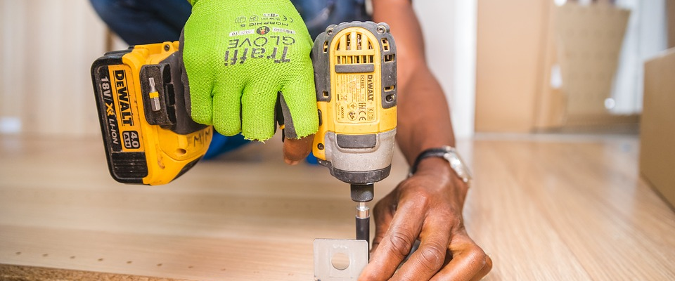 Home Improvement Projects: When to Call a Professional