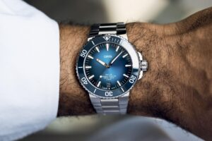 Introducing - Oris Aquis Date Calibre 400 (Specs & Price)